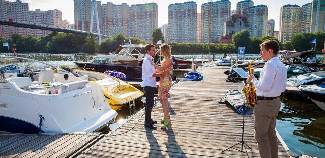 романтический ужин на корабле в москве