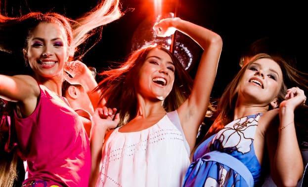 Фото девичника в клубе