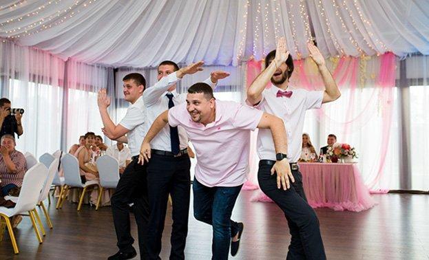 флешмоб на свадьбах