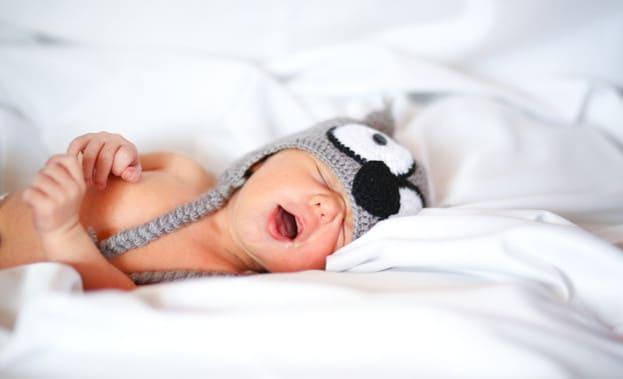 смешное фото спящего младенца