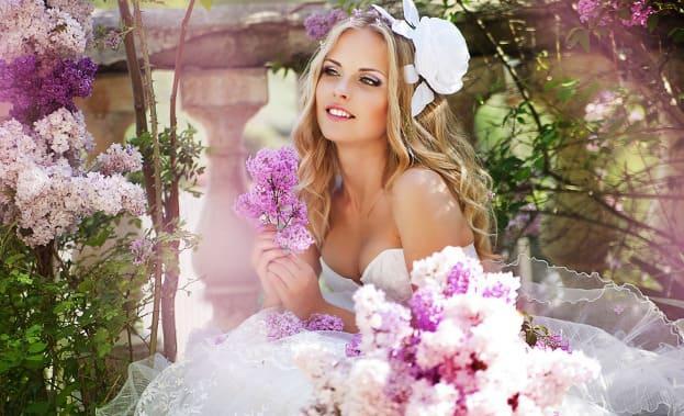 Фото невесты с цветами