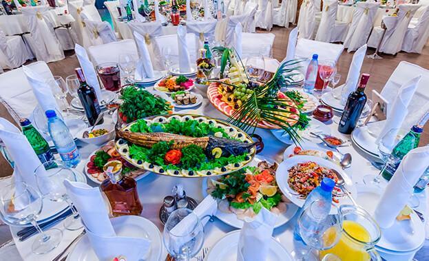 Фото круглого свадебного стола