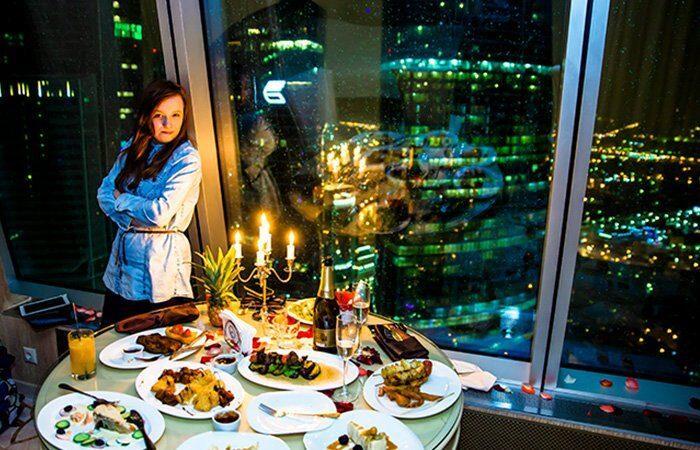 парню романтический ужин