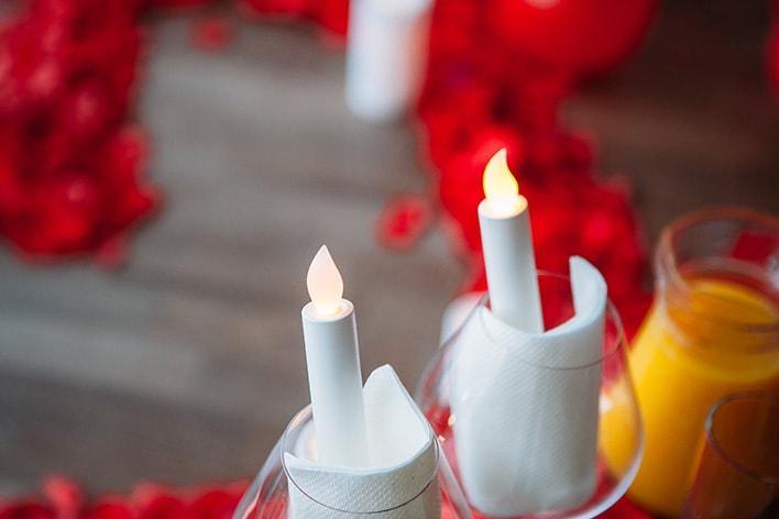 надпись свечами с днем рождения