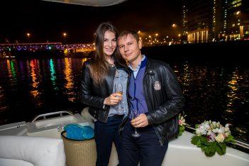 организация романтических свиданий на яхте